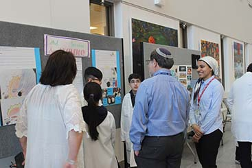 STEAM Partnership with the EMSB: Students return to Research Institute to showcase projects to scientists